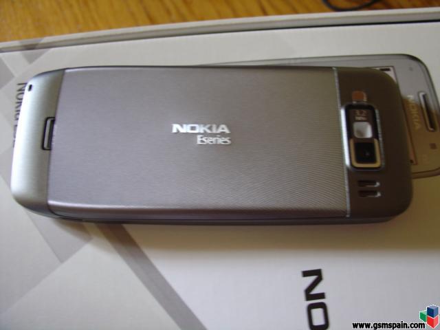 review nokia E52