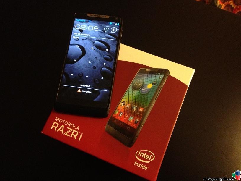 """[VENDO] Motorola Razr """"i"""" con procesador intel a 2GHz (como nuevo)"""