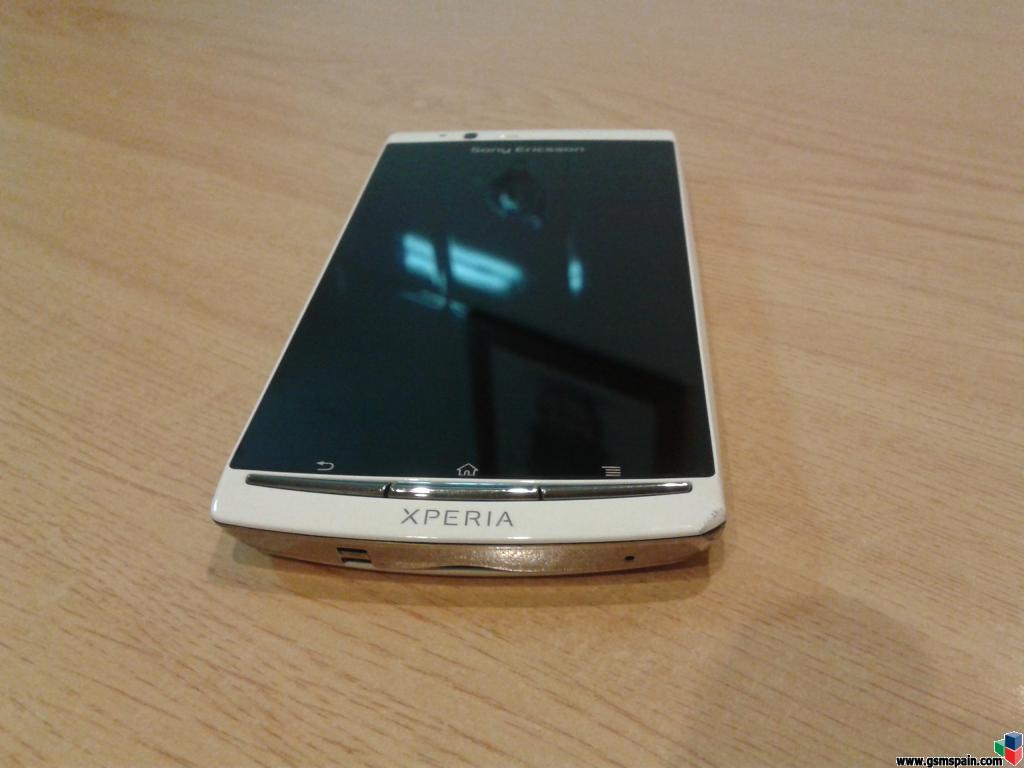 [VENDO] Sony Ericsson Xperia Arc S (blanco)