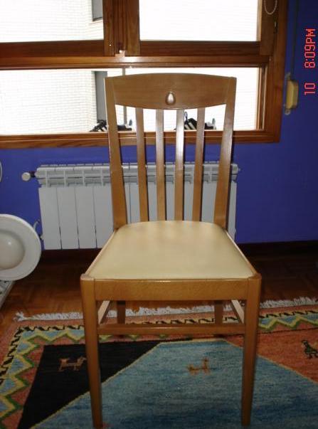 4 sillas para cocina de madera con cojin encastrado x 30e for Sillas cocina madera precios